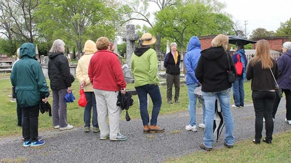 Keeping Norfolk's Cemeteries Alive